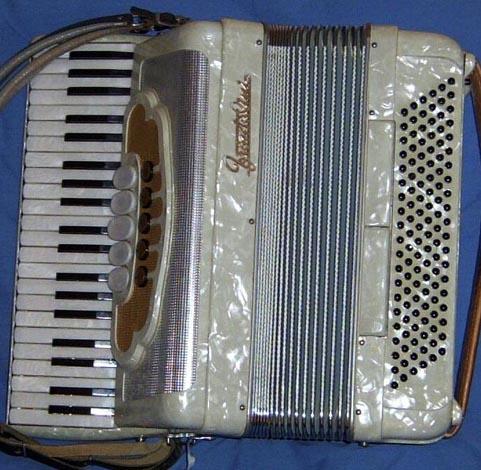 una fisarmonica Frontalini - foto tratta dal web
